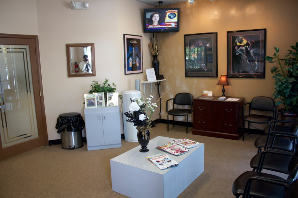 The front office of Broward Health & Wellness in Margate Florida 33063 chiropractic